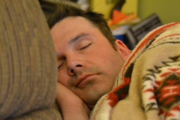 मानसिक तनाव के कारण बहरापन कम करने के लिए गहरी नींद blog image