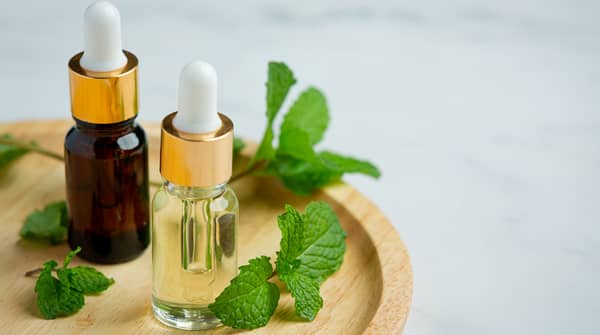 Herbal Oil as on of the Home Remedies for Earache blog image